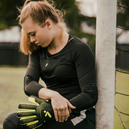 girls goalkeeper