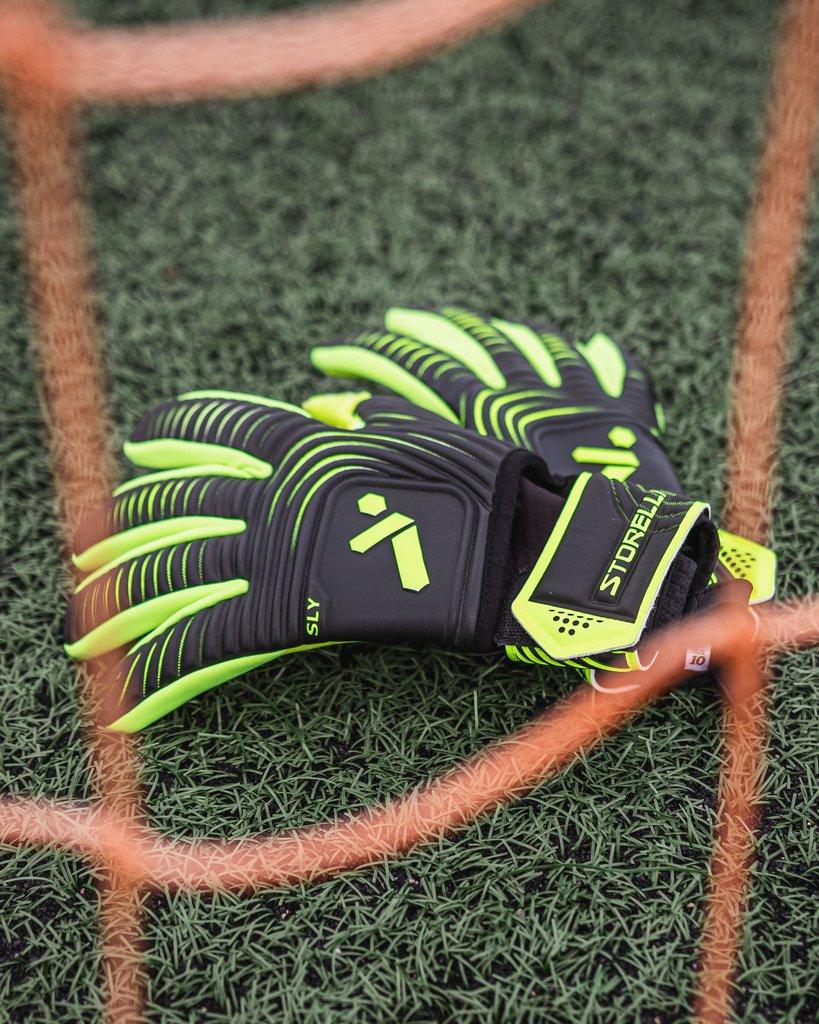 Sly Gloves