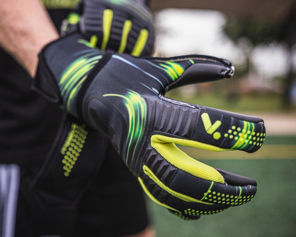 Menace Gloves
